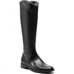 Oficerki GINO ROSSI - Nevia DKF443-XXX-E100-9900-F 99. Czarne buty zimowe damskie marki Gino Rossi, z materiału, na obcasie. W wyprzedaży za 589,00 zł.