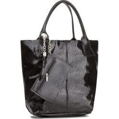 Torebka CREOLE - RBI10122 Czarny. Czarne torebki klasyczne damskie Creole, z lakierowanej skóry, lakierowane. Za 189,00 zł.