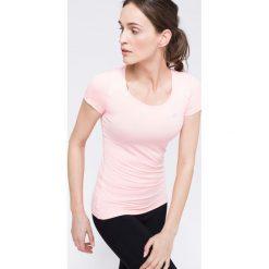 Koszulka treningowa damska TSDF113 - różowy - 4F. Czerwone topy sportowe damskie 4f, xs, z dzianiny, z dekoltem na plecach. Za 79,99 zł.