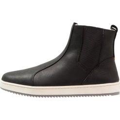 HUB DANCE MID PRM  Botki black/grey. Czarne buty zimowe damskie HUB, z materiału. W wyprzedaży za 384,30 zł.