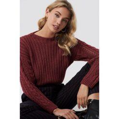 Trendyol Sweter z okrągłym dekoltem - Red. Czerwone swetry klasyczne damskie Trendyol, z dzianiny. Za 100,95 zł.