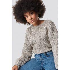 Trendyol Sweter ze splotem - Beige. Szare swetry klasyczne damskie marki Vila, l, z bawełny, z okrągłym kołnierzem. Za 121,95 zł.