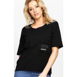 Czarny T-shirt Poetic Pocket. Czarne bluzki damskie Born2be, l. Za 29,99 zł.