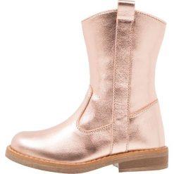 Friboo Kozaki rose gold. Czerwone buty zimowe damskie marki Friboo, z materiału. W wyprzedaży za 125,95 zł.