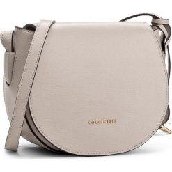 Torebka COCCINELLE - AF5 Clementine E1 AF5 15 02 01 Seashell 143. Brązowe torebki klasyczne damskie Coccinelle. W wyprzedaży za 629,00 zł.