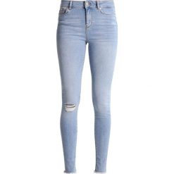Boyfriendy damskie: Vero Moda Tall VMSEVEN Jeans Skinny Fit light blue