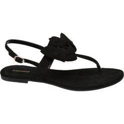 Sandały damskie Graceland czarne. Czarne rzymianki damskie Graceland, z jeansu, na obcasie. Za 59,90 zł.