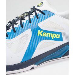 Kempa WING LITE CAUTION  Obuwie do piłki ręcznej white/fair blue/navy. Białe buty do koszykówki męskie marki Kempa, z gumy. Za 549,00 zł.