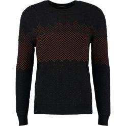 Calvin Klein SAPMA DEGRADE HERRIN Sweter perfect black. Pomarańczowe kardigany męskie marki Calvin Klein, l, z bawełny, z okrągłym kołnierzem. W wyprzedaży za 349,50 zł.