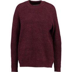 Swetry klasyczne damskie: Moves ROWENA Sweter grape wine