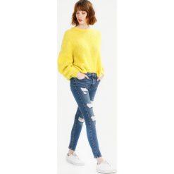 Topshop SUPER RIP JAMIE NEW Jeans Skinny Fit blue denim, blue. Niebieskie rurki damskie Topshop. Za 269,00 zł.