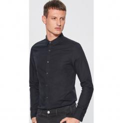 Gładka koszula slim fit - Czarny. Czarne koszule męskie slim marki Cropp, l. Za 69,99 zł.
