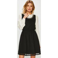 Only - Sukienka Thea. Szare sukienki mini marki ONLY, s, z bawełny, casualowe, z okrągłym kołnierzem. Za 149,90 zł.