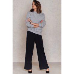 Bluzy damskie: NA-KD Basic Bluza basic oversize - Grey
