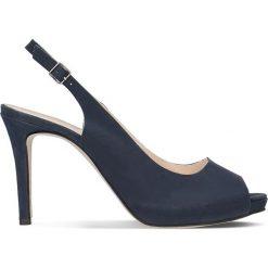 Sandały OLIVIA. Niebieskie sandały damskie Gino Rossi, w paski, z nubiku, na wysokim obcasie, na szpilce. Za 229,90 zł.