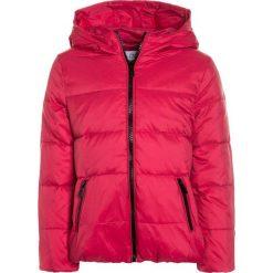 OVS JACKET Kurtka puchowa vivacious. Czerwone kurtki dziewczęce puchowe marki OVS, na zimę, z materiału. W wyprzedaży za 167,20 zł.