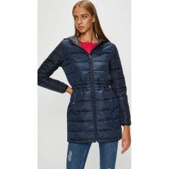 Vero Moda - Kurtka/płaszcz 10199013. Szare kurtki damskie pikowane marki Vero Moda, l, z poliesteru, z kapturem. W wyprzedaży za 125,91 zł.