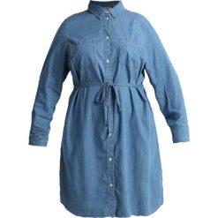 Levi's® Plus PL BEBE DRESS Sukienka jeansowa medium light wash. Niebieskie sukienki marki Levi's® Plus, s, z bawełny. Za 369,00 zł.