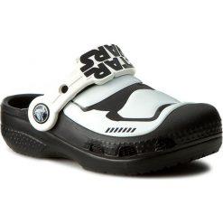 Buty dziecięce: Klapki CROCS - Cc Stormtrooper Clog 203531 Multi