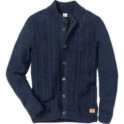 Sweter rozpinany w warkocze Regular Fit bonprix ciemnoniebieski. Niebieskie kardigany męskie marki bonprix, z nadrukiem. Za 109,99 zł.