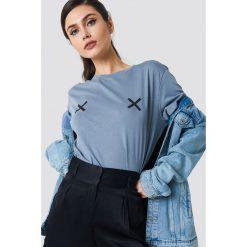 NA-KD Koszulka Double X - Blue. Niebieskie t-shirty damskie marki NA-KD, z okrągłym kołnierzem. W wyprzedaży za 36,48 zł.