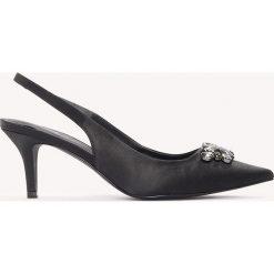 Buty ślubne damskie: NA-KD Shoes Czółenka na niskim obcasie ze zdobieniem - Black