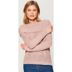Sweter z wełną - Różowy. Czerwone swetry klasyczne damskie marki Mohito, z bawełny. Za 89,99 zł.