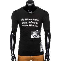 T-SHIRT MĘSKI Z NADRUKIEM S996 - CZARNY. Czarne t-shirty męskie z nadrukiem Ombre Clothing, m. Za 29,00 zł.