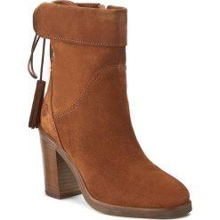 Botki BRONX - 33832-H BX 956 Mid Brown 21. Czarne buty zimowe damskie marki Bronx, z materiału. W wyprzedaży za 339,00 zł.