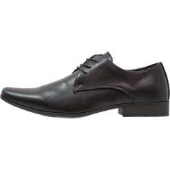 Buty wizytowe męskie: Feud London 3 EYE PLAIN DERBY Eleganckie buty black