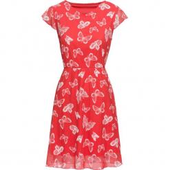 Sukienka letnia z siatkowego materiału w motyle bonprix truskawkowy. Czerwone sukienki letnie bonprix, z nadrukiem. Za 109,99 zł.