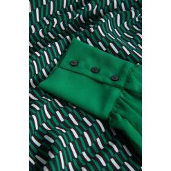Bluzki asymetryczne: Dwuwarstwowa bluzka bombka