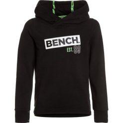 Bluzy chłopięce: Bench HOODIE Bluza z kapturem black