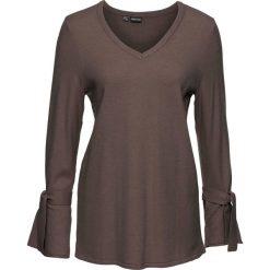 Sweter dzianinowy z rozkloszowanymi rękawami bonprix ciemny brunatny. Brązowe swetry klasyczne damskie marki bonprix, z dzianiny, z dekoltem w serek. Za 89,99 zł.