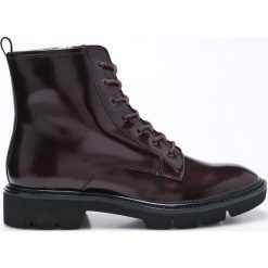Geox - Botki. Czarne buty zimowe damskie Geox, z materiału, na obcasie, na sznurówki. W wyprzedaży za 269,90 zł.