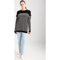 Swetry klasyczne damskie: SET Sweter black white