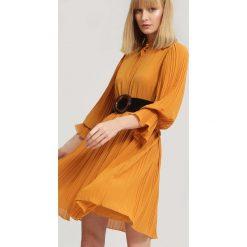 Żółta Sukienka Bottom Line. Żółte sukienki hiszpanki other, uniwersalny, midi. Za 109,99 zł.
