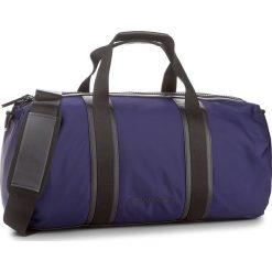 Torba CALVIN KLEIN - Blithe Cylinder Duff K50K503444 426. Niebieskie plecaki męskie Calvin Klein, z materiału. W wyprzedaży za 379,00 zł.