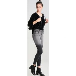 Swetry klasyczne damskie: Hollister Co. CHENIELLE Sweter black