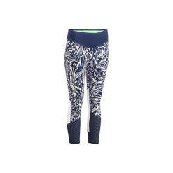 Legginsy 7/8 fitness 900. Czarne legginsy sportowe damskie marki DOMYOS, z elastanu. W wyprzedaży za 59,99 zł.