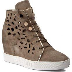 Sneakersy CARINII - B4027 I94-000-000-B88. Brązowe sneakersy damskie Carinii, z materiału. W wyprzedaży za 259,00 zł.