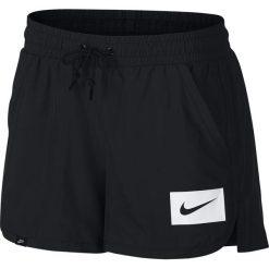 Spodenki Nike Wmns NSW Short Swoosh Mesh (892923-010). Czarne szorty damskie Nike, z meshu. Za 69,99 zł.
