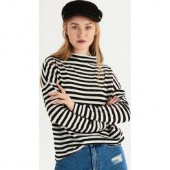 Sweter oversize z półgolfem - Kremowy. Białe swetry oversize damskie Sinsay, l. Za 49,99 zł.