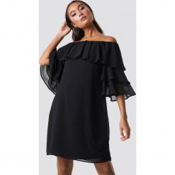 Sisters Point Sukienka Gava - Black. Sukienki małe czarne marki Sisters Point, bez ramiączek. Za 161,95 zł.