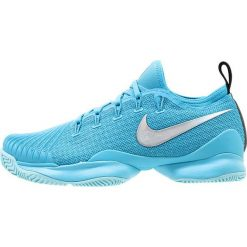Nike Performance AIR ZOOM ULTRA REACT HC Obuwie multicourt light blue fury/metallic silver. Niebieskie buty do tenisu damskie Nike Performance, z materiału. W wyprzedaży za 503,20 zł.