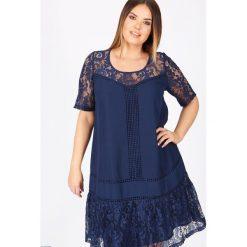 Sukienki hiszpanki: Prosta sukienka z krótkim rękawem, jednokolorowa, długość midi