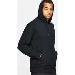 Bluzy męskie: Bluza z kapturem basic – Czarny