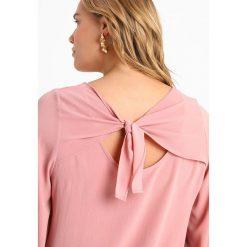 Bluzki asymetryczne: Evans BOW BACK  Bluzka blush
