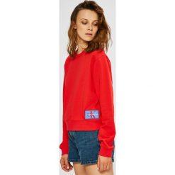 Calvin Klein Jeans - Bluza. Różowe bluzy damskie Calvin Klein Jeans, l, z bawełny, bez kaptura. W wyprzedaży za 279,90 zł.