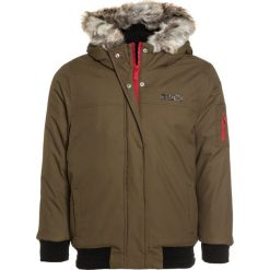 Bench HOODED BOMBER Kurtka zimowa khaki. Brązowe kurtki chłopięce zimowe marki Bench, z materiału. W wyprzedaży za 377,10 zł.